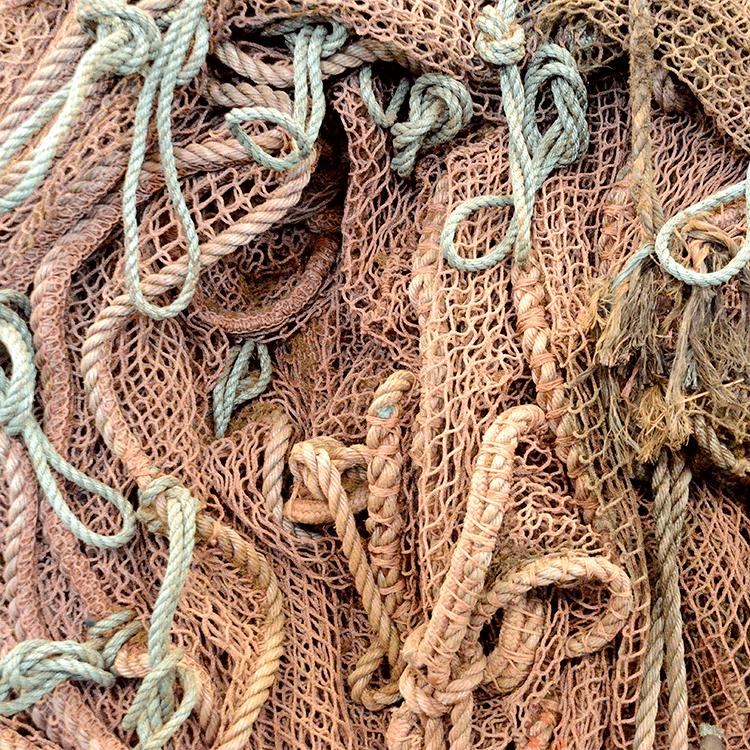 Tøm havene for plastik – et stykke tøj af gangen