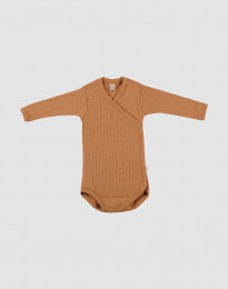 Slå-om body i ribstrikket uld til baby karamel
