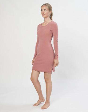 Langærmet natkjole i merino uld rosa