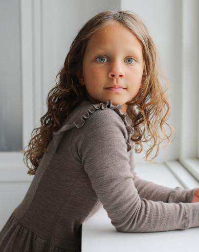 Merinouldkjole med flæser til børn